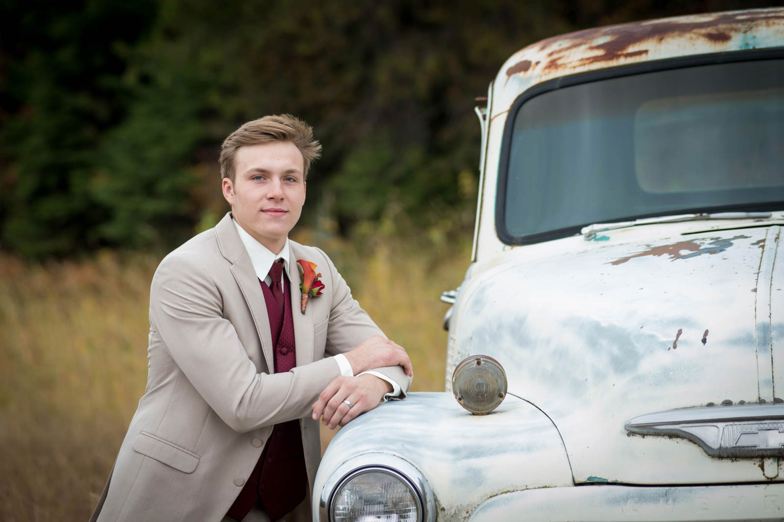 groom photography by luba timber river ranch